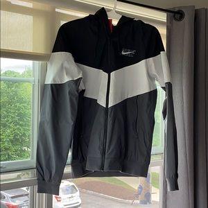 Nike Men's Windrunner HD GX Jacket - Size Medium